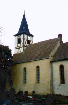 kirche in der ortschaft goettnitz